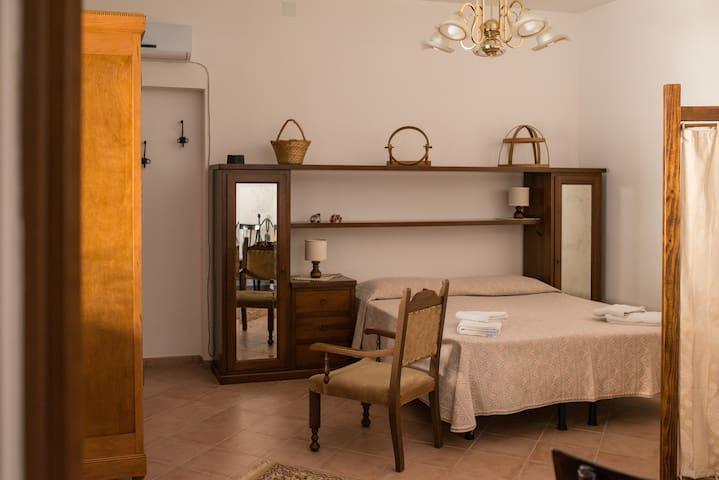 BAGLIO AMICO-SCURATI Holiday Homes  - Borea