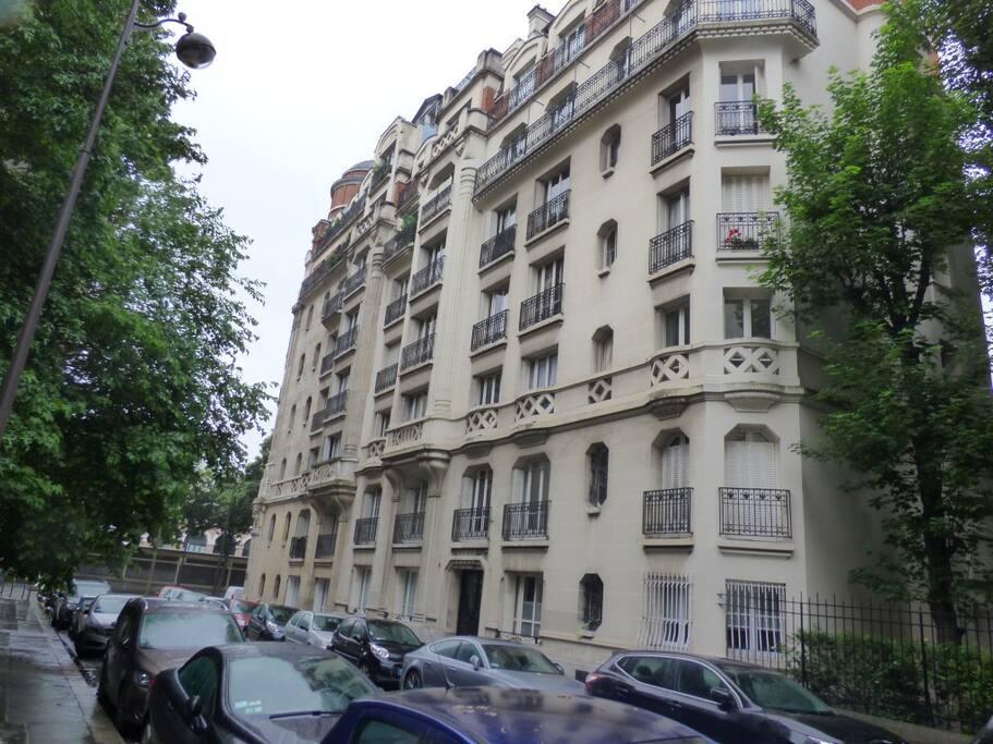 Immeuble pierre de taille 1920  Rue Narcisse Diaz