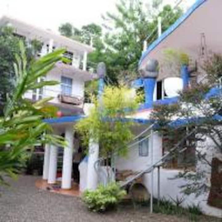 Villa Okinrose