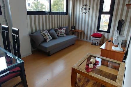 Apartamento nuevo a 10 minutos parque Warner Bros