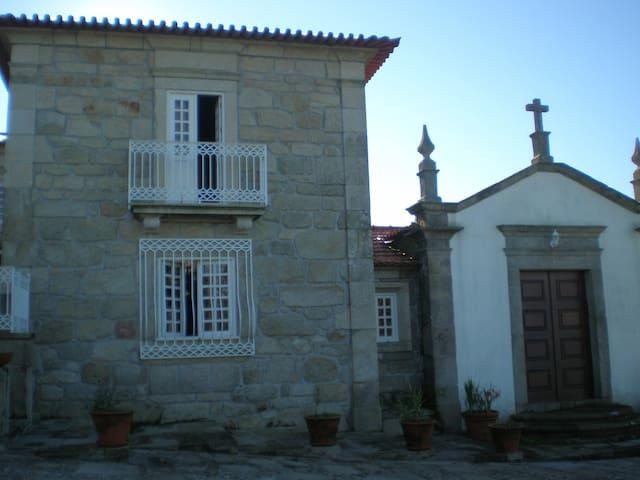 CasadoCasteloFermedo,Arouca 6 quartos c.Capela - Fermedo - Hytte