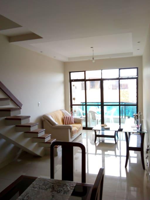 Sala de visitas e varanda