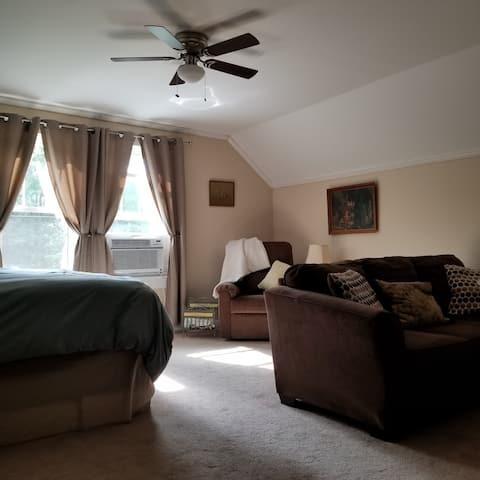 Private suite in Historic Washington GA