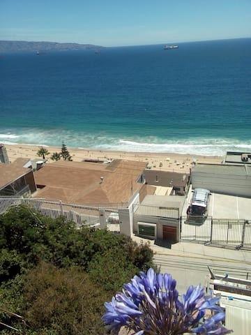 Habitación en Reñaca con hermosa vista al mar