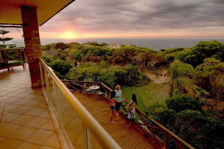 Oceana Sunset