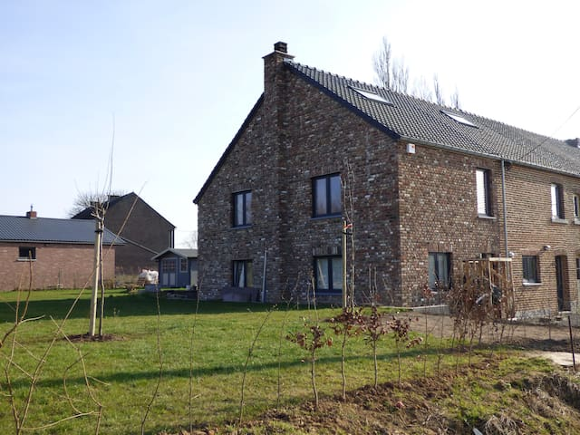 Nice Family house in a Natural Park - Héron - Rumah