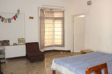 Quiet forested retreat Jubilee Hills