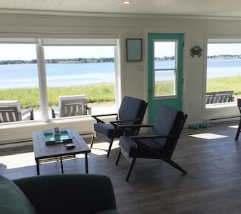 River Beachfront Cottage