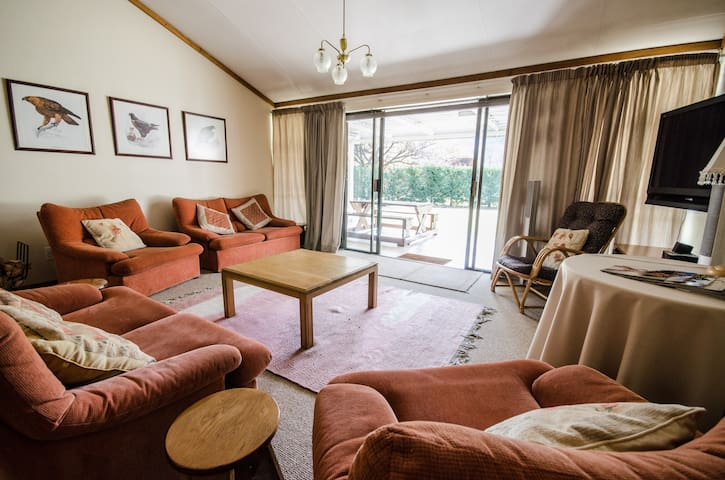 Applegate Lodge - Clarens - บ้าน