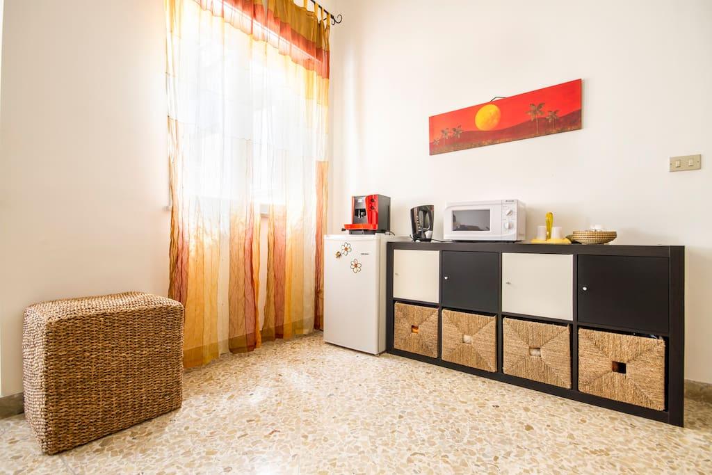b b az zahar couleurs de la sicil chambres d 39 h tes louer palerme sicile italie. Black Bedroom Furniture Sets. Home Design Ideas