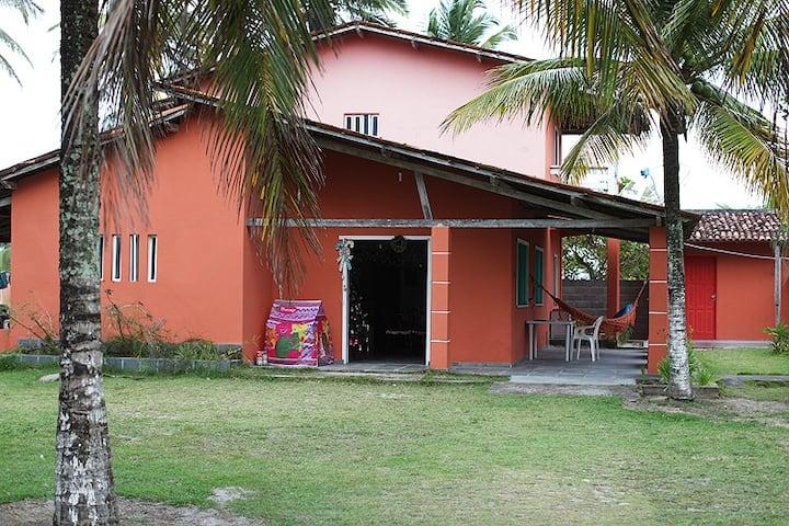 Casa em frente à praia em Canavieiras (Bahia)