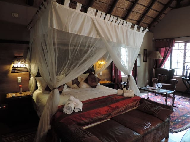 Khaya Umdani Holiday Houses