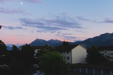 30min from Interlaken, quiet, clean - Steffisburg - Wohnung