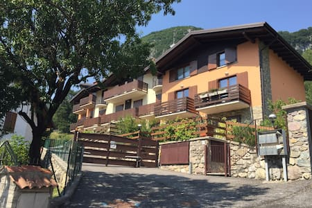 Apartaments on the Lake Iseo (Alps) - Piazza - Apartament