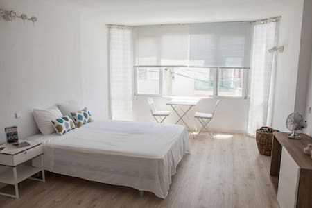 STUDIO FLAT NEAR THE BEACH IN PALMA - Palma - อพาร์ทเมนท์
