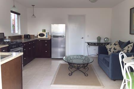 Cranberry Cottage Apartment