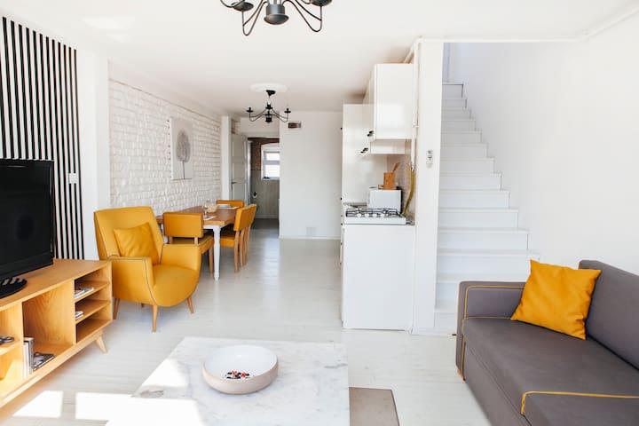 SeaView Studio with a big terrace. - Istambul - Apartamento
