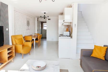 SeaView Studio with a big terrace. - Κωνσταντινούπολη - Διαμέρισμα