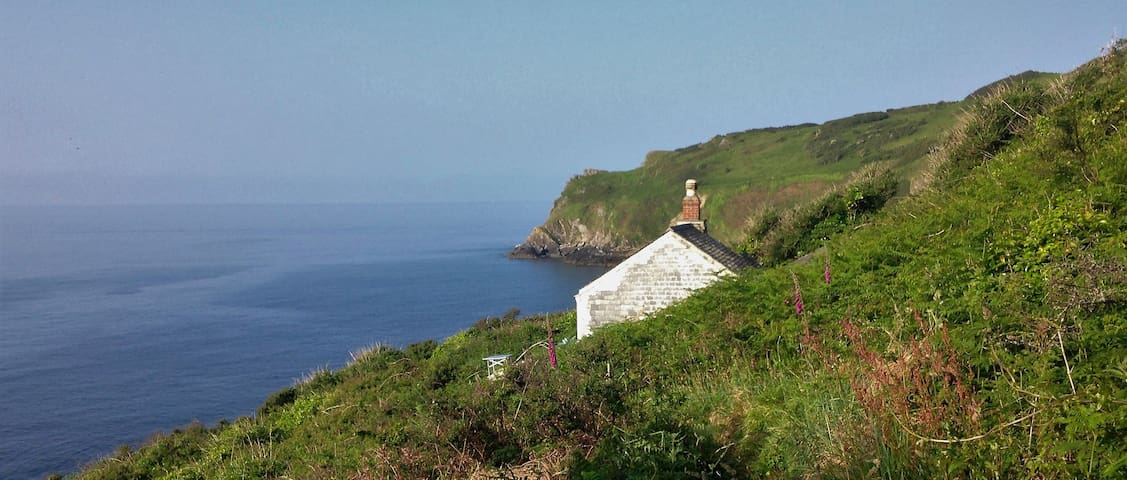 Cosy coastal cottage - Off-grid retreat - Cornwall