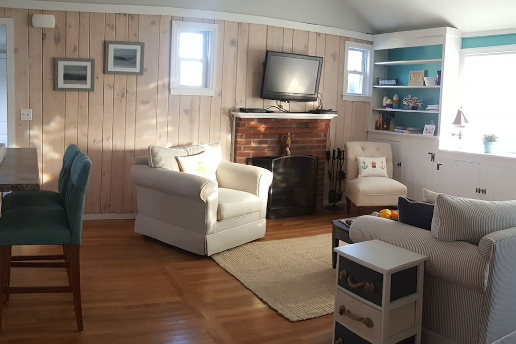 Classic cape cod cottage in hyannis cottage in affitto a for Affitto cabina cape cod