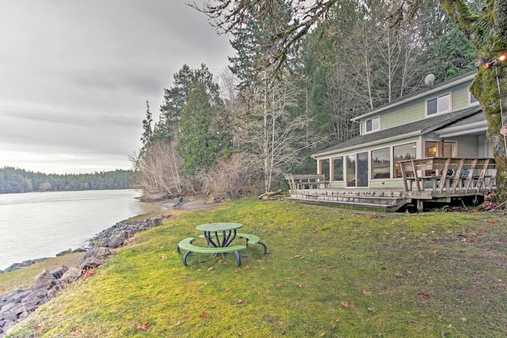 Puget Sound Hideaway on Private Cove w/ 10+ Acres!
