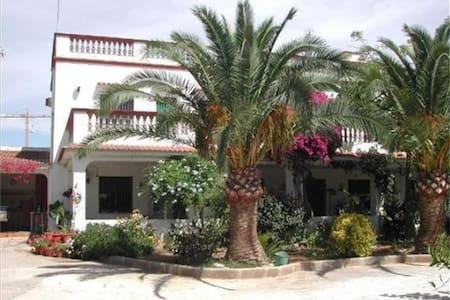 Villa Gomez en Las Casas de Alcanar - Les Cases d'Alcanar