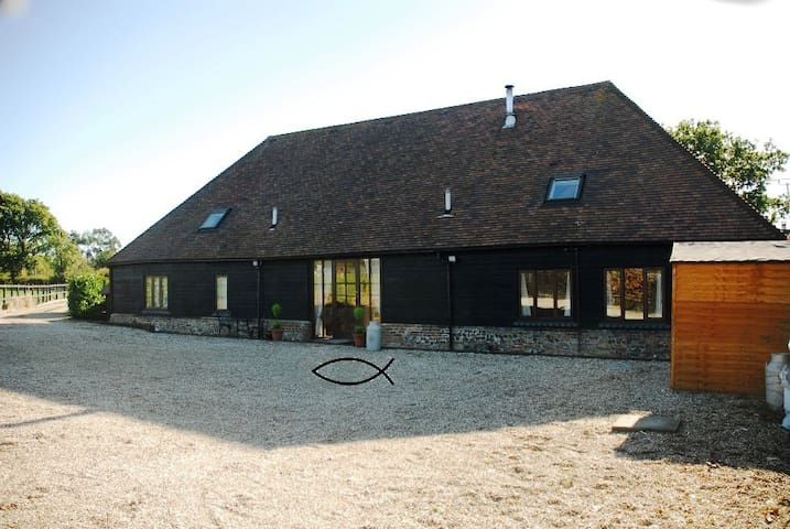 THE BARN at Brookfield Farm, Walberton - Walberton - Casa