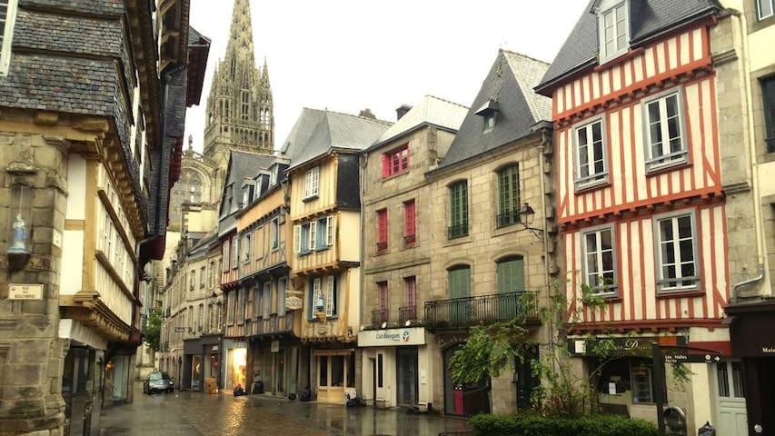 Charming breton flat downtown - Quimper - Lägenhet