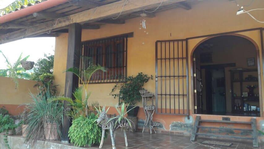 Tu casa de campo en las montañas - La Estancia - Casa