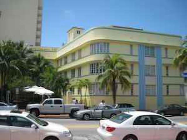 SOUTH BEACH STUDIO FOR RENT