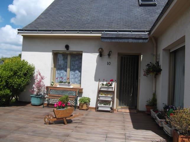 Maison agréable avec jardin - Orvault - Huis