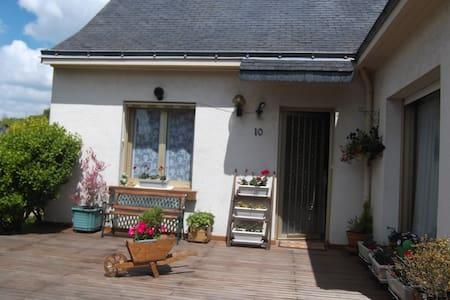 Maison agréable avec jardin - Orvault