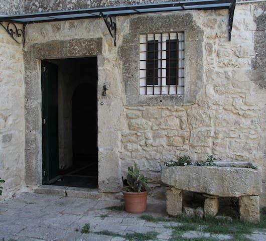 Borgo Tresauro - Raguse - Villa