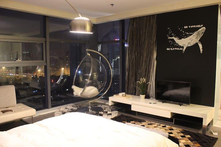 武林广场市中心17楼的太空舱 - Hangzhou - Leilighet