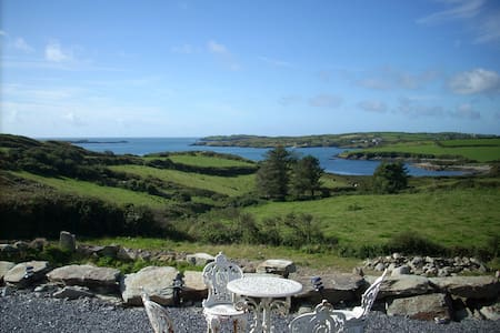 Spacious house by the sea w/beach - Schull