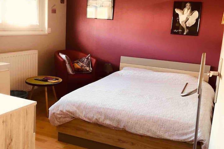 Chambre cosy à proximité de l'aéroport Lesquin