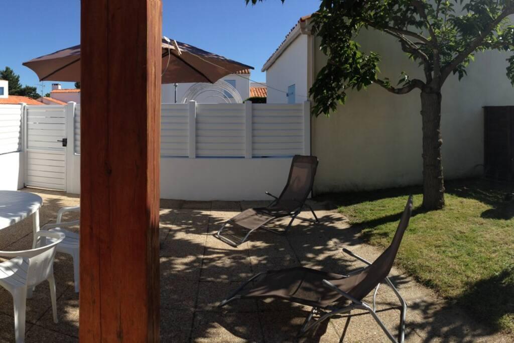 Panorama cour extérieure