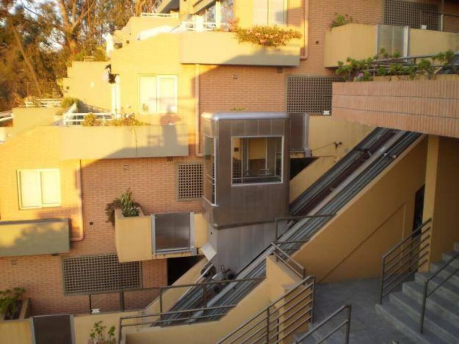 Vista panorámica mientras bajas o subes del edificio