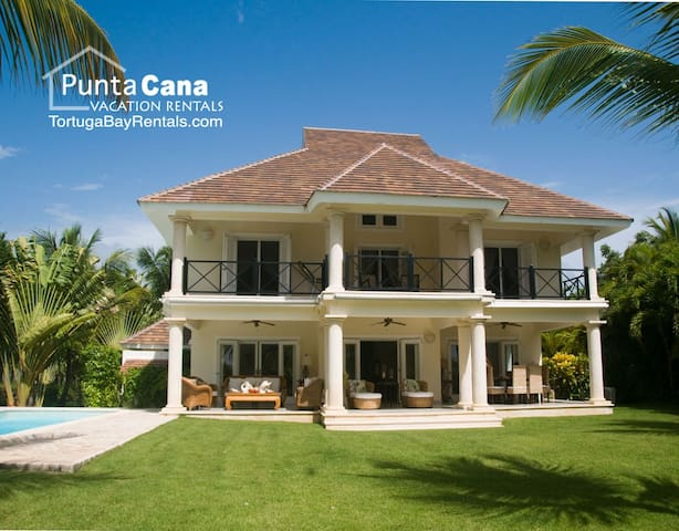 QUALITY TIME! 4BR Villa + Golf cart included!
