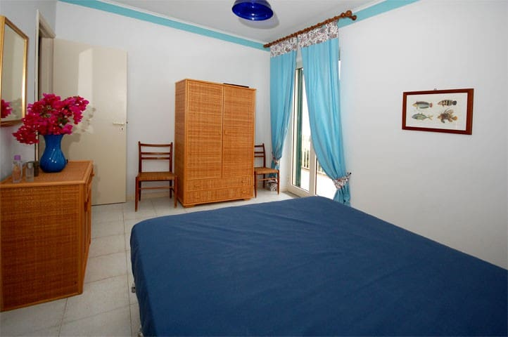 VLM5 Room with shared Garden in Villa by the beach - Mongiove - Villa