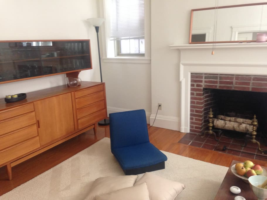 A Spacious One Bedroom Apartment Flats For Rent In