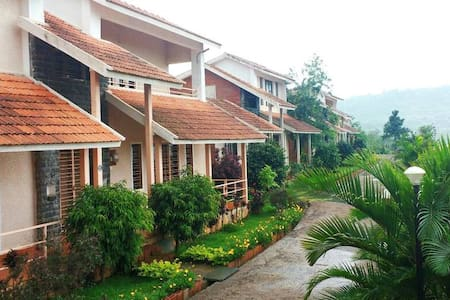 Entire 2bhk furnished bunglow @ Panhala Fort