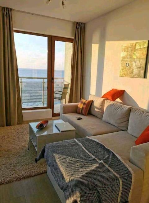 Meerblick Schöne 3 Zimmer Wohnung mit Balkon , Neu