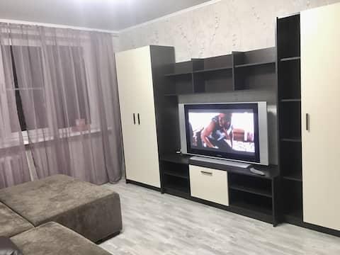 Комфортабельная двухкомнатная квартира в центре