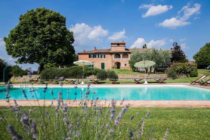 Villa Borgonuovo - คอร์โทนา - วิลล่า