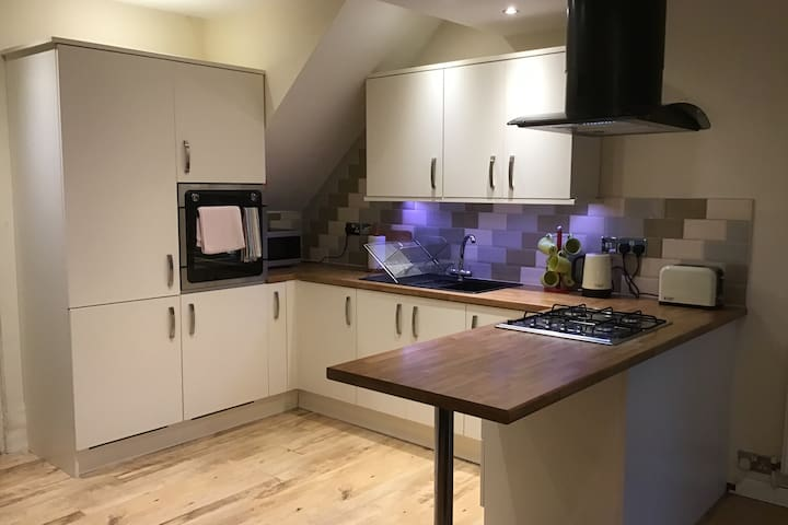 Clean, modern Semi in Pelsall's Urban Village