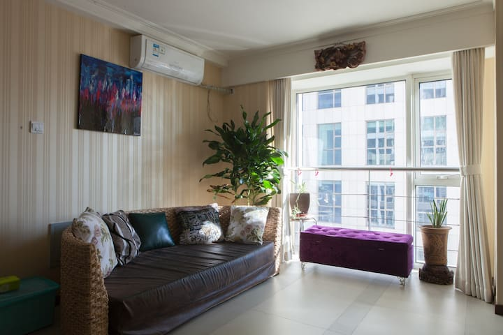 彼岸  西长安街万达广场南复式两居五星级公寓整租  一线地铁边 - Beijing