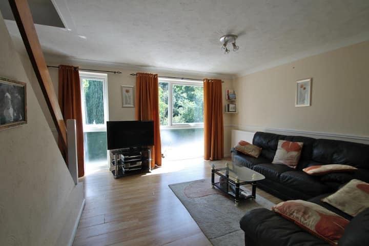 Suite in Trosley Park, 20 miles south of London