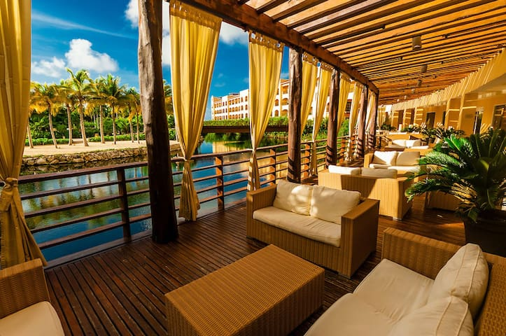 Luxury 2 Bedroom Suite With All Inclusive Plan Resorts For Rent In Playa Del Carmen Quintana
