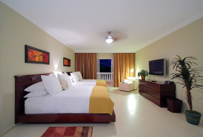 Studio Presidential Suite- Access to All VIP Areas - Puerto Plata - Apartment